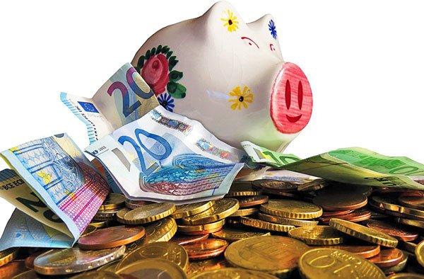 Порядок ввоза и вывоза валюты из России